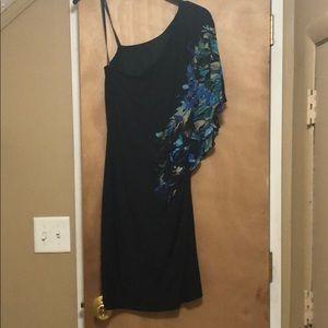 Bisou Bisou One sleeve dress